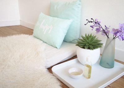 webshop-foto's-babypraktijk-ilse-matje-met-blad-en-paarse-bloem